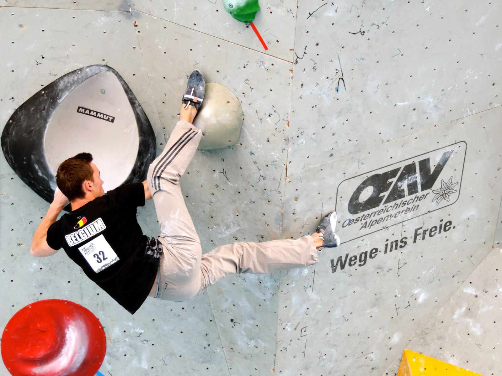 Loic Competing ifsc World Cup Innsbruck